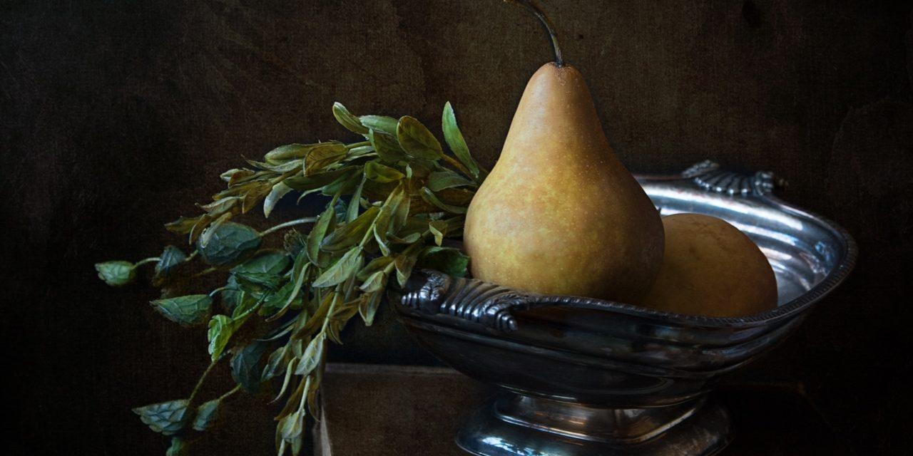 Saftige og søde pærer fra træet 'Herrepære'