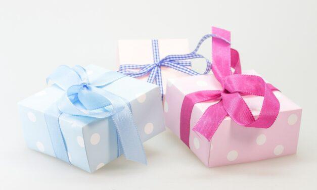 Sådan håndterer du stresset forbundet med at give julegaver