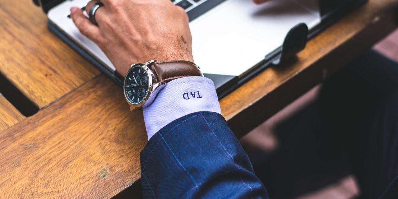 Alle mænd bør bære et ur – også når de går i haven