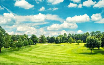 Har du en stor have – nyd den ved at spille golf i den