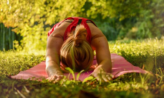 Sådan kan du dyrke yoga i haven